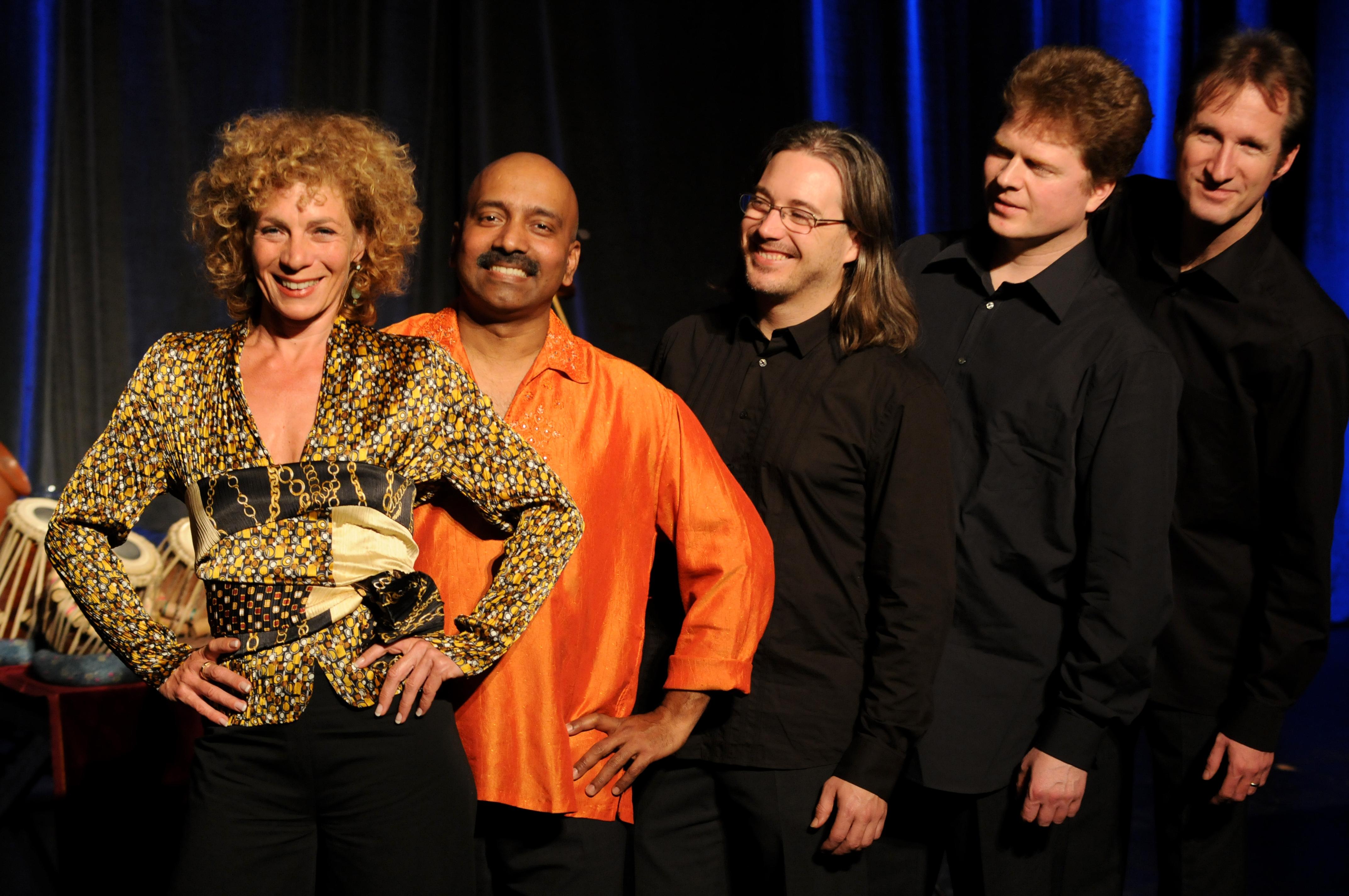 Nina Hoger und das Ensemble Noisten -