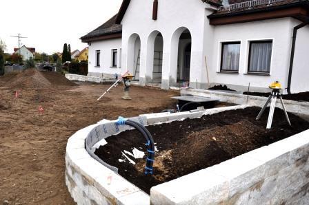 Friedhof Teublitz: Platz vor der Aussegnungshalle wird neu gestaltet
