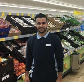 Interview: Hayatullah Maleki (20) über die Ausbildung zum Verkäufer