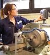 Interview: Theresa Schad (18) über die Ausbildung zur Zerspanungsmechanikerin