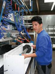 Interview: Aref Nazari, (19) über die Ausbildung zum Rollladen- und Sonnenschutzmechatroniker