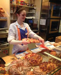 Interview: Jessica Dennemerker, (19) über die Ausbildung zur Bäckereifachverkäuferin