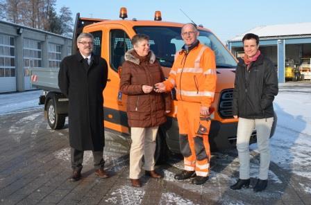 Neuer Pritschenwagen für den Teublitzer Bauhof