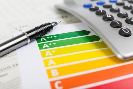 Energiesparen und Energieeffizienz in Haushalten