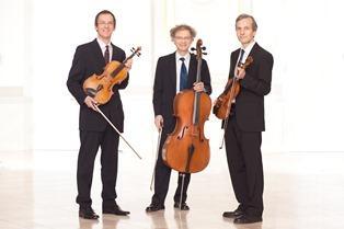 Finsterbusch Trio