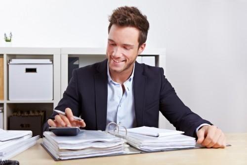 Die Berufsbereiche: Verkauf und Verwaltung